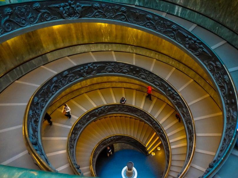 Escada da saída - Museu do Vaticano